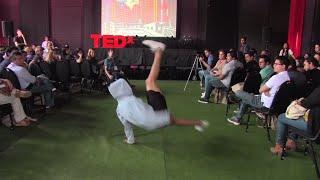 Download Sé tu propio Héroe | Jesús Pinto | TEDxYouth@Miraflores Video