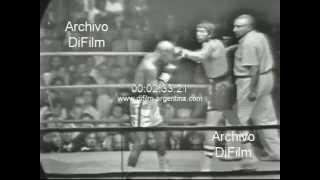 Download Carlos Monzon vs Bennie Briscoe - boxing 1972 Video