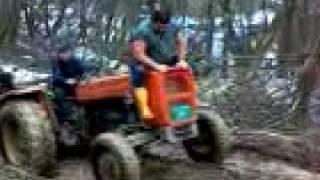 Download Ovako srbi voze drva sa traktorom.3gp Video