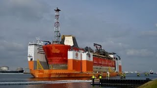 Download Transport FPSO Armada Intrepid onboard the Dockwise Vanguard Video