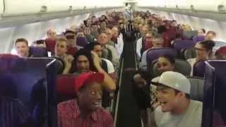 Download THE LION KING Australia: Cast Sings Circle of Life on Flight Home from Brisbane Video