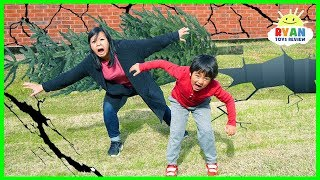 Download What Is An Earthquake??? | Educational Video for kids with Ryan ToysReview Video