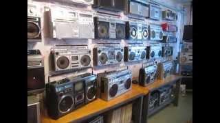 Download Экскурсия в МУЗЕЙ КАССЕТНЫХ МАГНИТОЛ 70-80Х Video