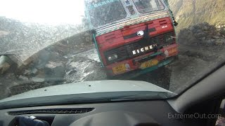 Download Angry truck driver in Himalayas wanted to hit a car Video