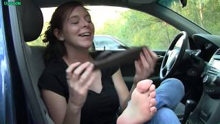 Download Upcycle: Amy reviews flip flops and nFinity cheerleading sneakers Video