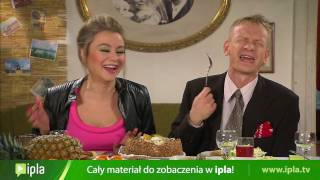 Download Waldek przedstawia rodzicom swoją narzeczoną, Jolasię, czyli Pupcię - Świat według Kiepskich Video