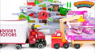 Download Disney Motors and Shopkins Cars play on our Giant Tomica Tracks! Video