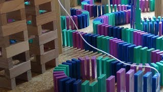 Download 32,000 Dominoes - New Personal Record Video