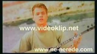 Download Engin Nursani - Adina Bir Cizik Cektim Video