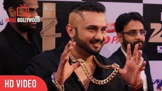 Download Yo Yo Honey Singh In Zorawar Style at Zee Cine Awards 2016 Video