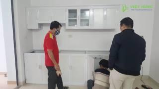 Download Lắp đặt tủ bếp nhôm kính màu trắng 2 tầng hình thẳng - Xaydungviethung.vn Video