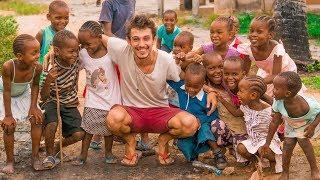 Download Afrika'nın Bir Köyünde Uyanmak ve YAŞAM! - Kenya Video