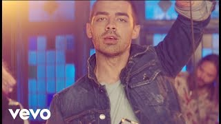 Download DNCE - Kissing Strangers ft. Nicki Minaj Video