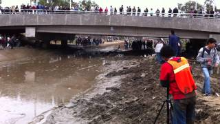 Download class 1 buggies through riverbed at baja 1000 with spin out Video