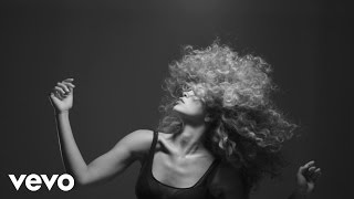 Download LION BABE - Treat Me Like Fire (visual #2) Video
