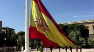 Download Izado solemne de la bandera de España en la Plaza de Colón de Madrid Video