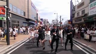 Download 結婚式余興 GANGNAMSTYLE (KYGfamily) 大宮駅東口 Video