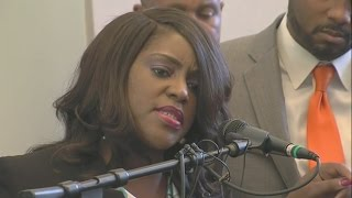 Download Terence Crutcher twin sister, Tiffany, talks officer-involved fatal shooting in Tulsa Video