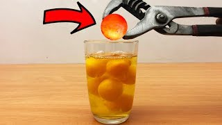 Download EXPERIMENT Glowing 1000 degree METAL BALL vs EGGS Video
