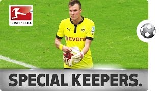 Download Undercover Keepers - Outfield Players in Goal Video