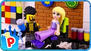 Download ♥ LEGO Rapunzel Goes to TATTOO STUDIO to get Inked Video