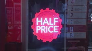 Download Black Friday: High street calm as millions shop online Video