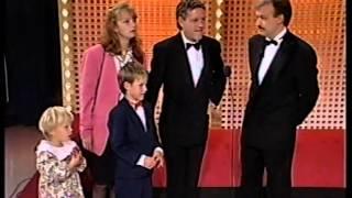 Download Familien Skaug på Casino Video