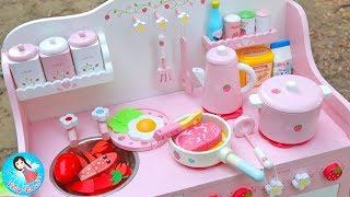 Download คุณแม่ทำกับข้าว ของเล่นเครื่องครัว ของเล่นไม้ ของเล่นทำอาหาร ครัวไม้ สไลม์ Play Doh สกุชชี่ Video
