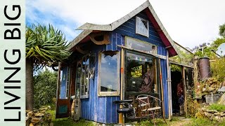 Download Incredible Tiny House Overlooking the Ocean Video