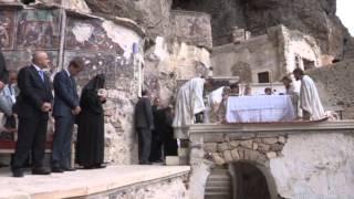 Download Sümela Manastırı'ndaki ayin yapıldı Video