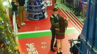 Download 161224 2PM Nickhun Christmas Countdown in Hong Kong - Waltz with Fan Video