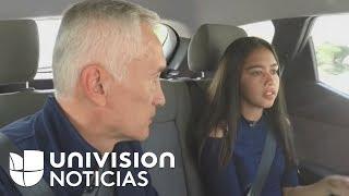 Download Jorge Ramos habla con la niña que grabó el momento en que agentes de ICE detienen a su padre Video