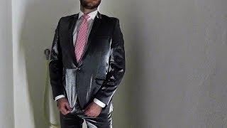 Download Same shower, same suit, different wearer Video