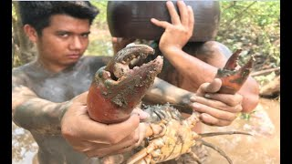 Download Primitive Technology with Survival Skills giant crab traps, looking for food Video