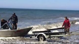 Download Deep Creek Alaska boat launch carnage Video