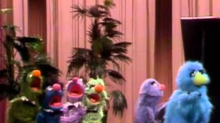 Download Classic Sesame Street - Maurice Monster Sings a Song Video