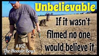 Download YOU WON'T BELIEVE WHAT WE FOUND METAL DETECTING IN THE MIDDLE OF NOWHERE! Unbelievable!! Video