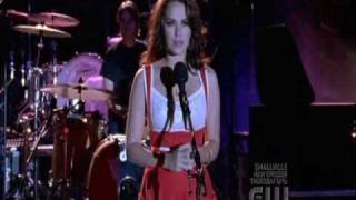 Download Haley's performing ″Feel This″ on USO Concert Video