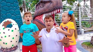 Download Diana and Roma walk in the Dinosaur park & Museum of Illusions Video