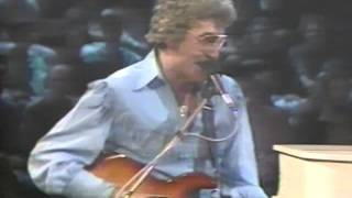 Download Carl Perkins, George Harrison, Eric Clapton - Medley - 9/9/1985 - Capitol Theatre Video