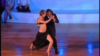 Download Roberto Herrera y Silvana Capra 2008 at the Taipei Tango Festival - La Cumparsita Video