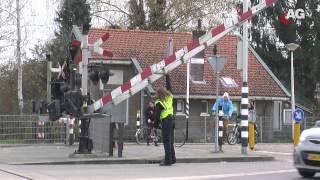 Download Spoorbomen Kersenbaan AmersfoortGezien Video