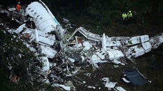 Download Colombie: un avion s'écrase près de Medellin avec une équipe de foot à son bord Video