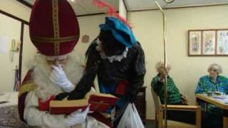Download Paul de Leeuw en Robert ten Brink als Sint en Piet (Langere versie) Video