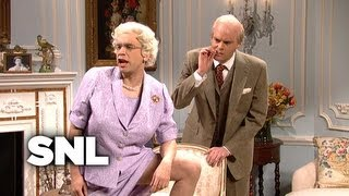 Download Kate Middleton Meets the Real Royal Family - SNL Video