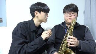 Download 1$ Saxophone Vs 15000$ Saxophone Video