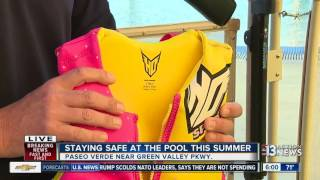 Download How to stay safe at the swimming pool this summer and prevent drowning Video
