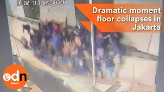 Download Dramatic moment floor collapses in Jakarta Video