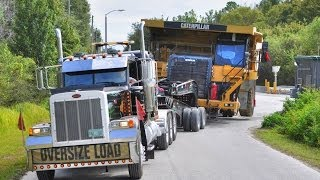 Download Caterpillar 777 Mining Haul Truck Transported by 11 Axle Lowboy Video