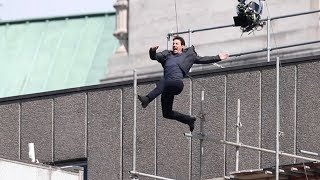 Download Tom Cruise Stunt Injury on 'Mission: Impossible 6' Set in London Video